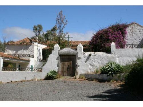 4 Hacienda Los Mocanes_W-4jpg